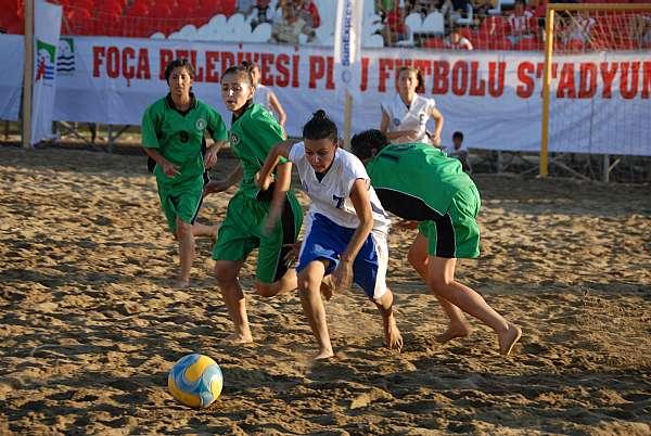 %name Plaj Futbolu Nedir? Nasıl Oynanır?